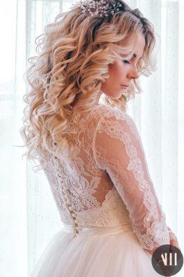 Крупные красивые локоны и свадебный макияж от стилиста Татьяны Маковской