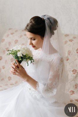 Нежный образ с фатой для невесты от ведущего стилиста Анастасии Швабской