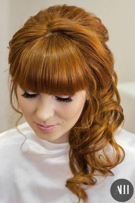 Греческая коса на волосы средней длины