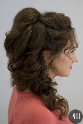 Греческая коса набок свадебная прическа
