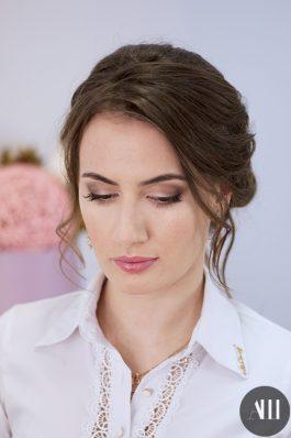 Нежный макияж и прическа на свадьбу