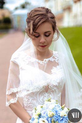 Пучок на свадьбу из коротких волос