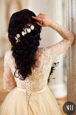 Шикарная свадебная прическа от стилистов студии Анастасии Швабской