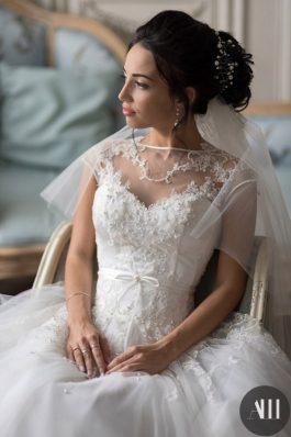 Шикарный свадебный образ для невесты