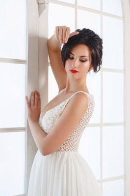 Свадебный макияж с красной помадой