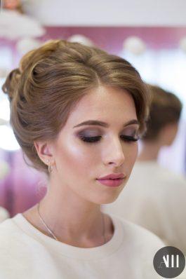Яркий макияж и шикарная прическа от стилиста Маргариты Соловьевой