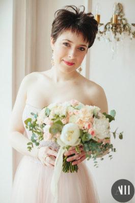 Свадебная прическа на короткие волосы от стилиста Ирины Молчановой